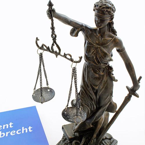 Gerichtsstatue